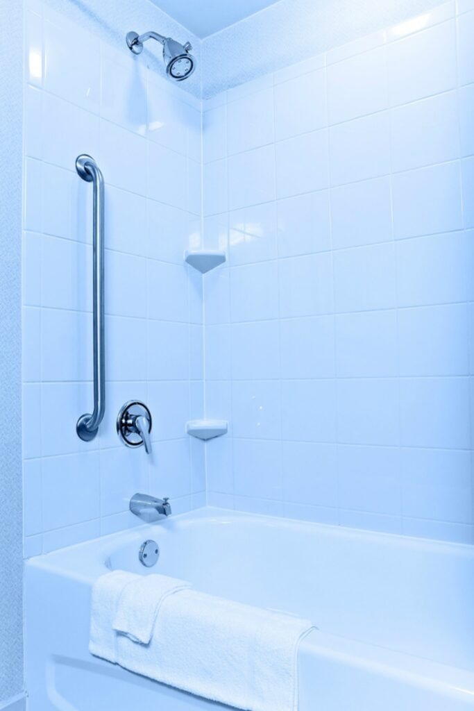 Homecare in Mountain Brook AL: Overcoming Bathing Embarrassment